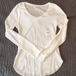 Large white v-neck thermal